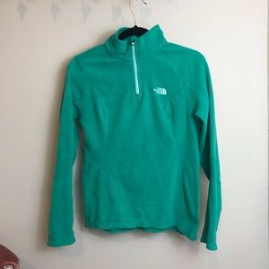 North face pullover S